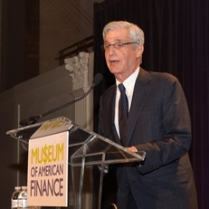 Robert Rubin speaks at the 2016 Gala